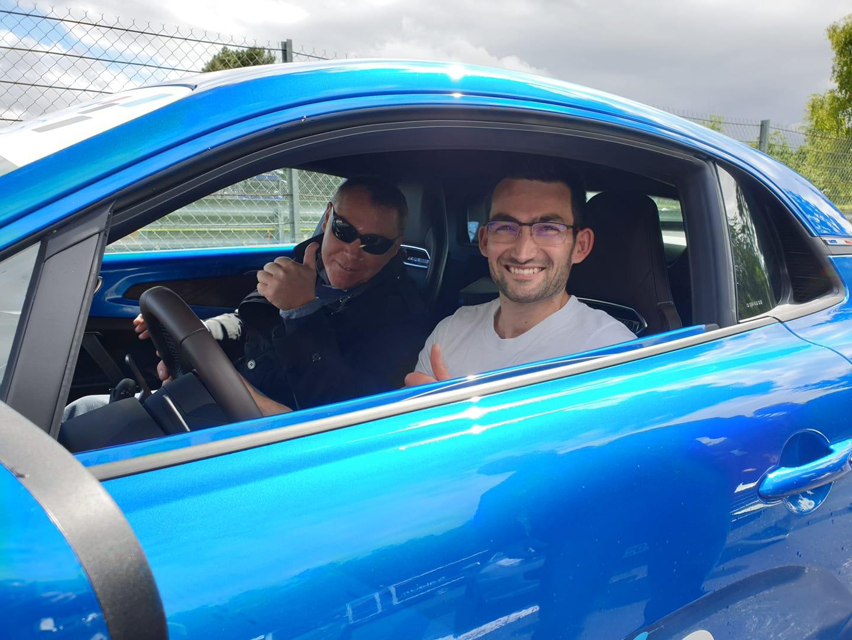 Tony Cosson et un client à bord de l'Alpine
